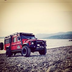 //@langona_ Morning, whose off to work in their landy today? What you driving?…
