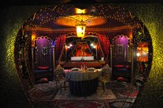 Yes please, I'd love my room to look the set on Moulin Rouge