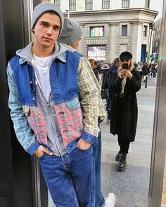 River Viiperi River Phoenix, River Viiperi, Reasons To Smile, Street Style, Mens Fashion, Photo And Video, Denim, Boys, Sexy