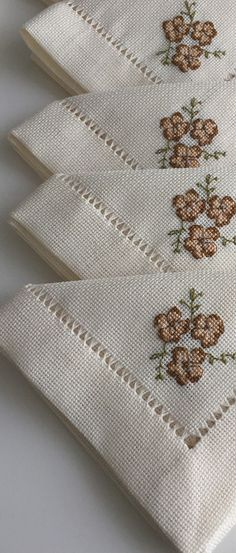 Diy Home Crafts, Filet Crochet, Dots, Diy Crafts, Diy Home Supplies, Diy Crafts Home