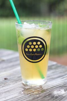 If you are looking for a crisp, refreshing cocktail, this pineapple sage mojito is your answer. Refreshing Cocktails, Summer Drinks, Cocktail Drinks, Fun Drinks, Cocktail Recipes, Summer Fun, Beverages, Sage Recipes, Beer Recipes