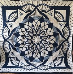 "Sarah Yetman on Instagram: ""This is the first opportunity I have had to quilt a Judy Niemeyer pattern. Dinner plate dahlia was an exciting top to do and Marilyn did a…"" Dinner Plates, Dahlia, Opportunity, Tapestry, Quilts, Pattern, Top, Instagram, Hanging Tapestry"