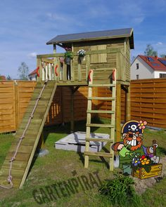 Kids Clubhouse, Abc School, Cool Tree Houses, Maximilian, Play Houses, Shed, Diy Projects, Outdoor Structures, House Styles