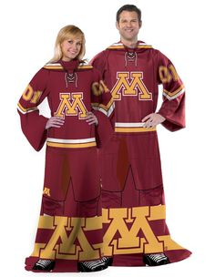 Be a team player!  Minnesota Golden Gophers Uniform Comfy Loungewear Blanket