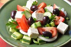 If you are looking to make a traditional Greek salad, this is the recipe to look at. This salad is a staple in about any Greek restaurant you go to. This simple yet delicious salad will for sure impress your guests. Greek Salad Recipes, Salad Dressing Recipes, Diet Recipes, Cooking Recipes, Healthy Recipes, Traditional Greek Salad, Vegetable Salad, Healthy Salads, Food Network Recipes