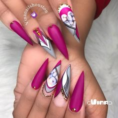 World-beauty.us The best new Polish colors and trends plus gel manicures, ombre nails ,and nail art ideas to try. Get tips on how to give yourself a manicure Fancy Nails, Bling Nails, Swag Nails, Stiletto Nails, Fabulous Nails, Gorgeous Nails, Pretty Nails, Dope Nails, My Nails