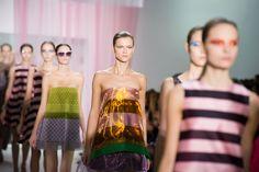 Le final du défilé Christian Dior printemps-été 2013