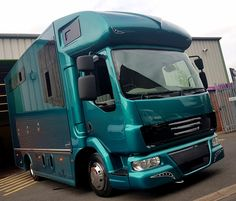 Compact Helios #horsebox from #KPHLTD