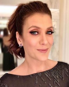 Kate Walsh Addison Montgomery, Erin Walsh, Kate Walsh, Derek Shepherd, Grey's Anatomy Doctors, Hair Affair, Female Images, Greys Anatomy, Powerful Women