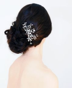 Hey, I found this really awesome Etsy listing at http://www.etsy.com/listing/76808638/set-of-two-crystal-hair-pins