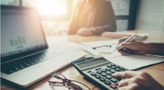 How professional bookkeeping services can boost the growth of small businesses. Hire bookkeeping services in London. Advantages of bookkeeping services. Bookkeeping Services, Accounting Services, Smartphone Iphone, Aide Financiere, Internal Revenue Service, Tax Rate, Tax Credits, Tax Deductions, Tela