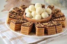 Prajitura Foi Caramel - Retete culinare by Teo's Kitchen Cookie Desserts, Cookie Recipes, Romanian Food, High Tea, Biscotti, Cupcake Cakes, Cupcakes, Caramel, Cheesecake