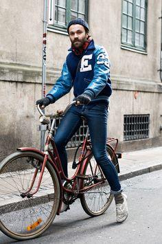 Alexandre Taleb   Street Style: o charme das bicicletas em plena cidade   http://www.alexandretaleb.com.br