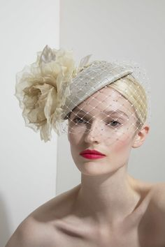 Sunshine In My Pocket, Crazy Hats, Philip Treacy, Hat Hairstyles, Dress Hats, Italy Wedding, Bridal Hair Accessories, Hats For Women, Fascinator