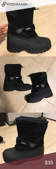 💥SALE⚡️Like new Totes Boy winter boots Excellent condition Like new! Totes Shoes Rain & Snow Boots