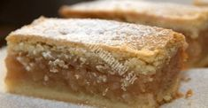 Jablkový koláč s orechovou náplňou a jemnou chuťou - pripravený za 15 minút! - Recepty od babky Hungarian Desserts, Romanian Desserts, Hungarian Recipes, No Bake Desserts, Dessert Recipes, Good Pie, Baking Muffins, Croatian Recipes, Salty Snacks