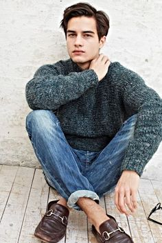 chunky sweater, worn jeans, cute shoes... that's my uniform men's style, menswear, fashion, fall