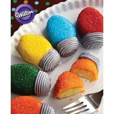 Wilton® Holiday Lights Mini Cakes