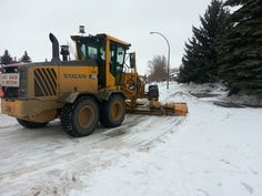 A grader clears Sebestyen Crescent in Saskatoon's Silverwood Heights neighborhood. Bryn Levy/News Talk Radio. City of Saskatoon rolls out snow clearing plan Two-part snow routes, improved school zone clearing among highlights for 2014-15 Reported by Bryn Levy First Posted: Nov 13, 2014 4:18pm | Last Updated: Nov 13, 2014 4:19pm Change text size: + - The City of Saskatoon laid out its snow-clearing strategy Thursday in a press conference at city hall....   #snowremoval #snowremovalSaskatoon