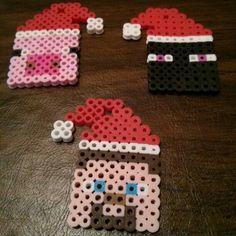 Christmas Minecraft perler beads by 42purpleelephants