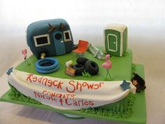Redneck Wedding Shower Cake The friends of the bride were playing a640 x 480 | 97 KB | diy-boxed-wedding-invitatio...