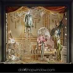 WEBSTA @ dailyshopwindow - @bergdorfs 2017, New York by @dailyshopwindow #dailyshopwindow #visual #visualmerchandising #visualmerchandisingtrends #windowdisplay #windowconcept #windowoftheday #window #scenography #retailphotography #retail #fashion #paris #newyork #bergdorfgoodman #store #departmentstore #fashion #men #women #april #music #fenty #rihanna #clothes #spring #inspireyourwindow
