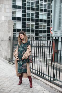 b65b5a6fe15f Green camo print midi dress+burgundy heeled