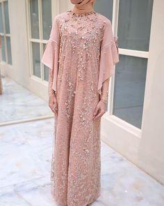 Dress Brokat Muslim, Muslim Prom Dress, Dress Brokat Modern, Kebaya Modern Dress, Dress Pesta, Kebaya Muslim, Dress Brukat, Hijab Dress Party, Abaya Fashion