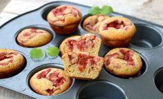 Rabarbramuffins uten sukker og gluten A Food, Food And Drink, Stevia, Muffins, Healthy Recipes, Snacks, Breakfast, Morning Coffee, Muffin