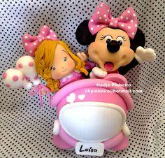 Carro rosa da Minnie by Nadja Pinheiro - Biscuit, via Flickr. #Disney #pink Minnie Mouse