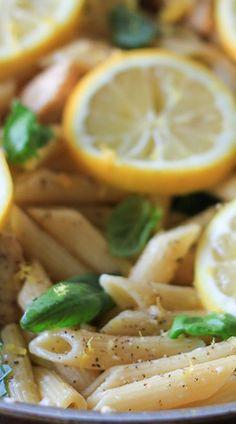One Pan Lemon Garlic Chicken Pasta