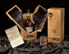 Edinburgh, November Whisky connoisseurs looking to get their hands on a Whisky, Cigars And Whiskey, Scotch Whiskey, Wood Packaging, Luxury Packaging, Bottle Packaging, Packaging Design, Mens Bday Gifts, Bottle Box