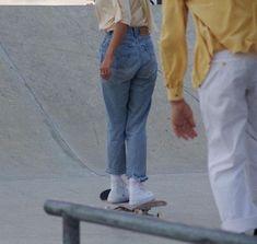 naz - s k a t e r a e s t h e t i c - Skater Girls
