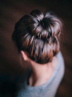 No dancing around - The wonderful ballerina bun. Loose but stunning updos for medium hair.