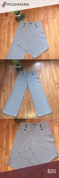 """Canyon River Blues Wide-Leg Pants These wide-leg pants are absolutely fabulous and a must have for your casually chic wardrobe. You can dress these pants up or down, either way, you will love the way you look in them. Pants are in excellent condition, only worn twice. Meas (Approx): Waist- 35""""/ Length- 32"""" Canyon River Blues Pants Wide Leg"""