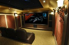 As the owner of Theater Advice in Frisco, TX, David Huse has done his fair share of custom home theater installs for a variety of clientele but recently he finally got around to creating his own home theater room...  His speakers of choice? Klipsch THX Ultra2.