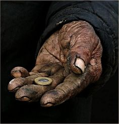Hands, wrinckles, have lived, coin, begger ? poverty, decay, oldie, photo, strong.