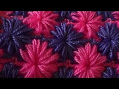 The crochet stitches: the star stitch - crochet tutorial Video tutorial explaining how to make the stitch star crochet . Tunisian Crochet, Learn To Crochet, Diy Crochet, Crochet Star Stitch, Crochet Stars, Knitting Videos, Crochet Videos, Crochet Stitches Patterns, Stitch Patterns