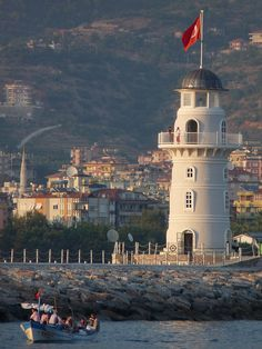 Alanya Lighthouse, Turkey Empire Ottoman, Peaceful Places, Flags Of The World, Places Of Interest, Istanbul, Around The Worlds, Architecture, Travel, Lighthouses