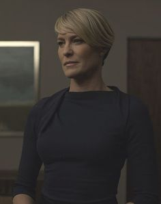 love the interesting neck Cut And Style, Her Style, Claire Underwood Style, Ladies Who Lunch, Robin Wright, Estilo Fashion, House Of Cards, Boho Look, Strong Women