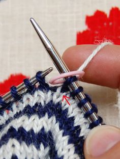 Tutorial: knit stripes in the round