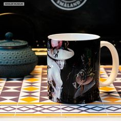 "El Bosco ""Fantasía moral"" (Visio tondali) · Kessler Museum Merchandising (@kessler_museum) • Fotos y vídeos de Instagram Mug Art, Morals, Art Work, Instagram, Museum, Mugs, Fantasy, 15th Century, Pictures"