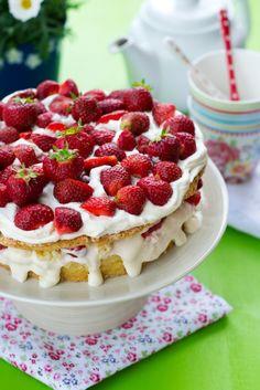 Swedish Summer Cake de Nigella Lawson «
