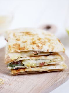 Brie, Apple, and Bacon Quesadillas - These quesadillas make for a perfect lunch…