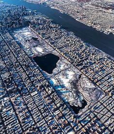 New York city Central park Places To Travel, Places To Visit, Luxury Boat, Central Park Nyc, New York Photos, City Aesthetic, Dream City, Concrete Jungle, City Photography