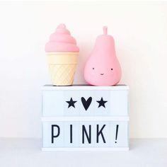 Friyay! 🎉 Wir wünschen euch einen tollen Tag. 😘 Die Lightbox und die süßen Nachtlichter von A Little Lovely Company gibt es in unserem Shop. #pinkmilkshop #pinkmilk #einrichtung #wohnkonfetti #pink #lightbox #alittlelovelycompany