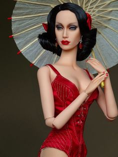 Onyx Sybarite | 2013 LA Convention doll Without her long skirt.