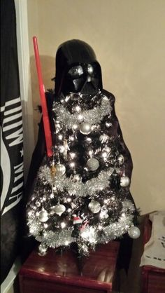 Darth Vader tree!