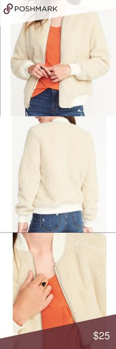 Old Navy Sherpa Bomber Jacket Cream colored Sherpa bomber jacket. Like new, worn a handful of times Old Navy Jackets & Coats