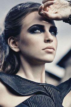 78 Fierce Fairytale Fashion Looks - From Couture Wonderland Editorials to Evil Queen Fashion (TOPLIST)
